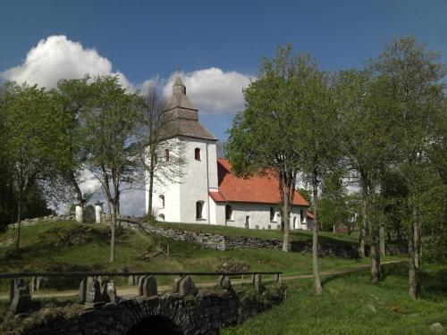 alte Kirche in Hyssna