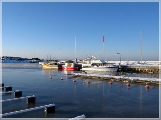 25.12. im Bootshafen in Lerkil