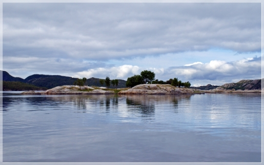 Inselchen im Fjord